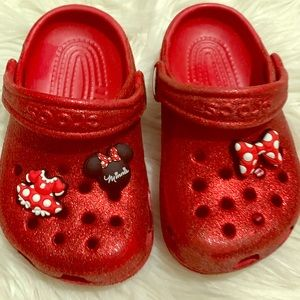 Crocs Red Glitter w/Minnie Mouse accents